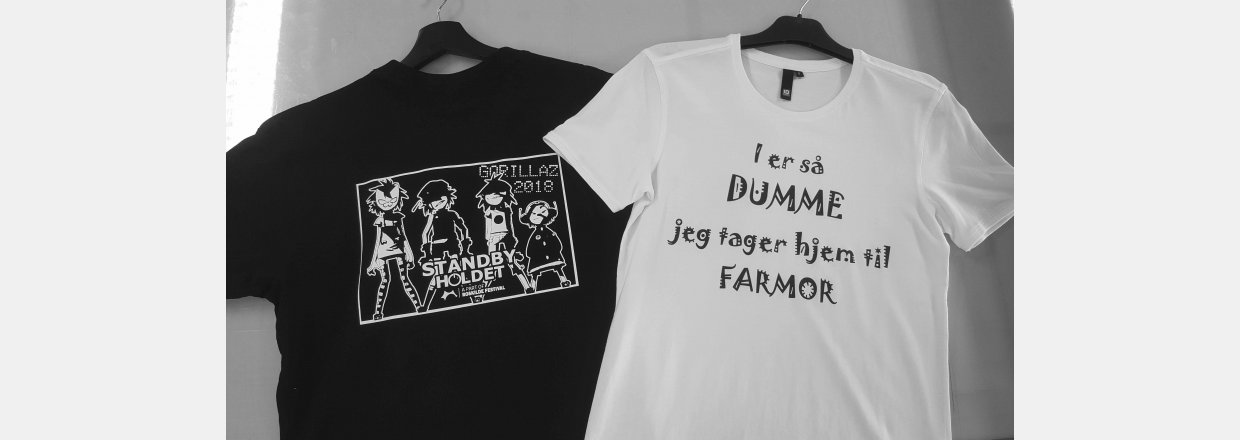 FORSKELLIG FARVETRYK P&Aring; T-SHIRTS<br>